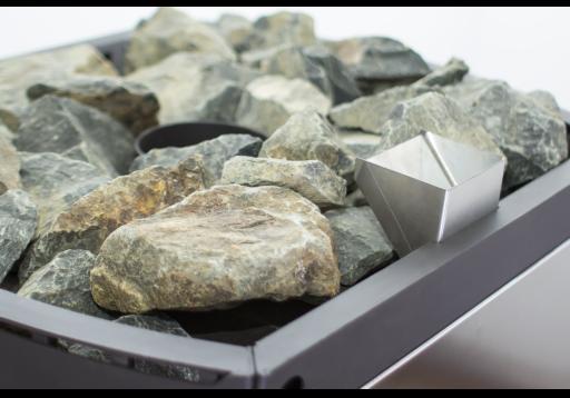 Камни в печи для бани Домна